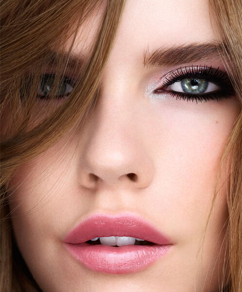 GET THE SHINY </br>Smoky LOOK